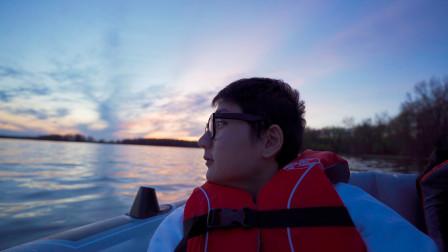 隔离2个月后, 我看到了超美的河上日落