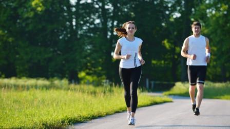 跑步耐力差,腿太沉?教你2招,提升耐力,让你跑的又快又轻松