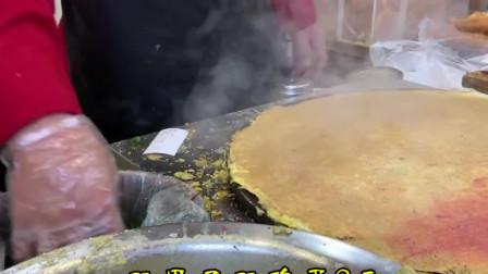 天津最正宗的煎饼果子,双果双鸡蛋,这么大才9元一个