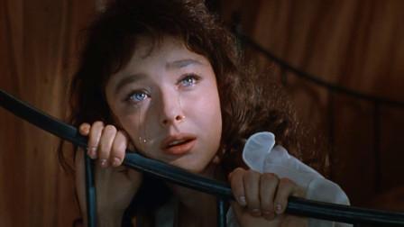 半个世纪前,苏联拍了部青春偶像电影,科幻片《两栖人》