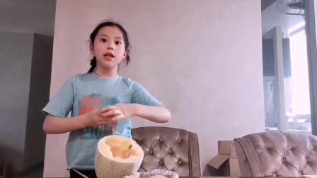 8岁萌娃自制机器人水果拼盘,造型难以形容,你觉得像什么?