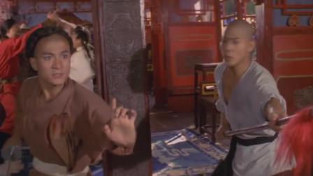 李连杰上官船救人 师傅带领少林子弟来支援