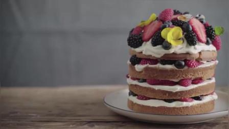 人见人爱的水果裸蛋糕,烘焙新手也能轻松制作,杂莓裸蛋糕