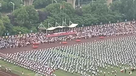 武汉枫叶学校小学运动会场面2