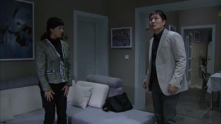 野鸭子2:老方向杨兰告白,刚好碰上杨兰家停电,两人感情升温