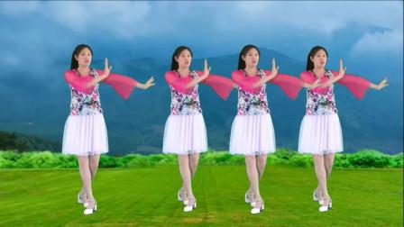 气质美女广场舞《等风等雨我等你》歌词走心,舞蹈优美,让人心醉!