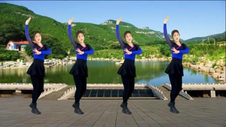 气质美女广场舞《天生一对好鸳鸯》超强民族风,舞姿甜美好看!