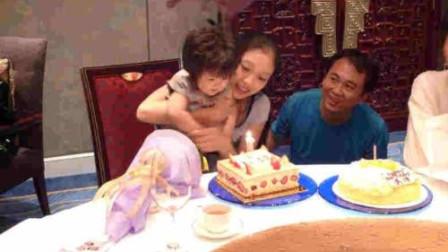 ''不走心爸爸''送女儿生日蛋糕,看清蛋糕上的字后,闺女不知哭还是笑