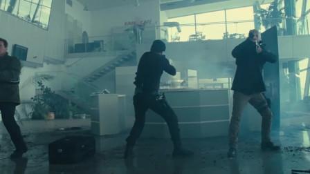 敢死队:维莱恩准备逃走,没想到巴克已经等候多时了!太酷了!