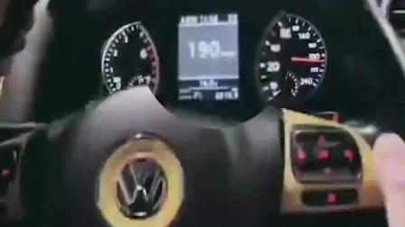 男子隧道飙车到200的时速,还发朋友圈,结果...