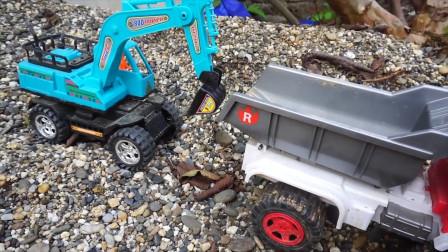 工程车 挖掘机 挖土车 消防车,运土挖沙救援玩具故事,有趣的儿童玩具车视频