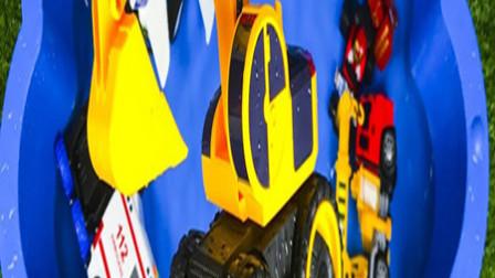 孩子的玩具早教乐园:公交车、闪电麦昆、蝙蝠侠、救护车!