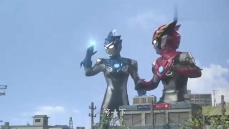 奥特曼:怪兽把奥特曼的攻击变成了彩虹,还有烟花?真新奇!
