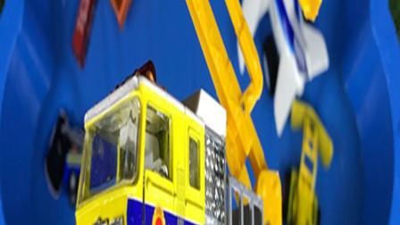 孩子的玩具启蒙乐园:拖车、大卡车、消防车、救护车!