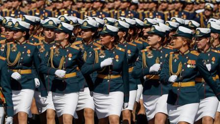俄罗斯女兵退役后,为什么敢娶她们的人不多?原因很简单