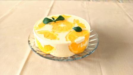 香橙慕斯蛋糕,不喜欢过于甜腻的小可爱一定不要错过这款蛋糕了,柠檬的清香和橙子的香甜交织在一起,完美!