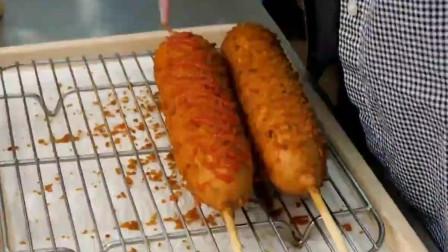 韩国美食广场,油炸芝士热狗,减肥的人不要看