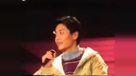1993年十大偶像颁奖典礼,王杰连续斩获两个奖项厉害了