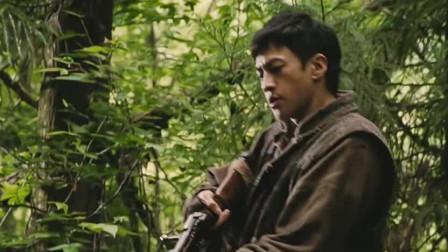 :何润东:我就想打头野猪而已啦,你竟然给我掉架飞机