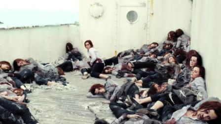 女孩被追杀,看到无数个自己的尸体,原来她已经逃了很多次!