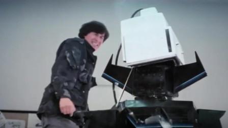机器人果然还是要靠电来收拾,一个电视机要了它命