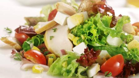 血管不通,脑供血不足,每天1个动作,2种菜,常吃改善脑供血