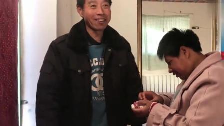广西智障媳妇再次改嫁50岁大叔,一个月胖了10斤,婚后生活还不错