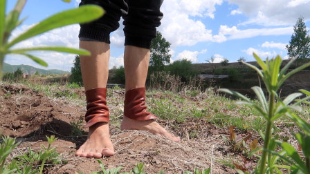 闪电装备:自制的可穿戴式,脚腕皮革护具(户外实测)