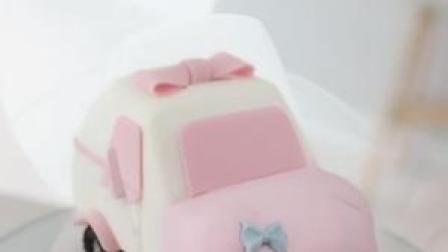 明天(6月2号)晚上7:30直播这款卡通小汽车蛋糕哦,搬好小凳子准时来看哦#蛋糕