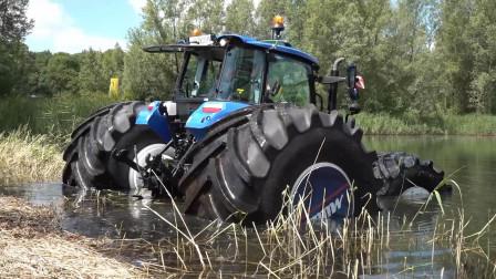 国外的拖拉机,不光能种田还能打鱼,直接就往水里开!