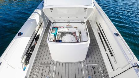 给游艇装上这减摇器,能降低船体晃动,乘船再不担心头晕呕吐