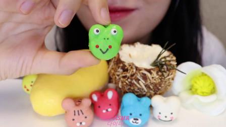 【耳机吃播】芒果慕斯蛋糕、椰子慕斯蛋糕,戴耳机更好吃!
