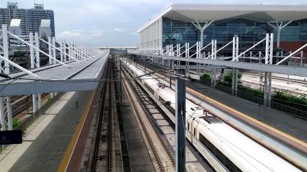 2020年6月2日,G818次(深圳北站—西安北站)本务中国铁路西安局集团有限公司西安动车段西安北动车运用所CRH380BL-3544广州北站通过