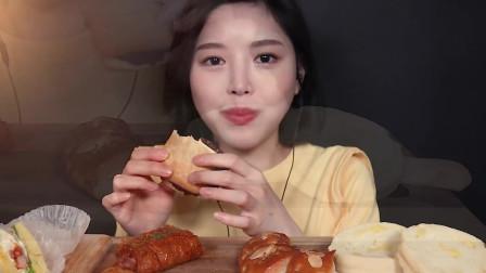 韩国吃播小姐姐boki面包专场,吃巴黎贝甜各种面包ASMR