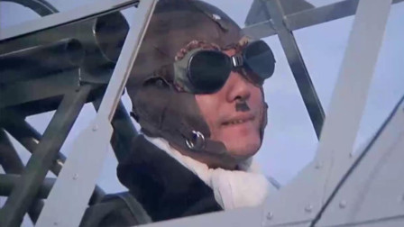 中华战士:飞机遭到日本战机攻击,阿琼用手枪打爆了飞机!牛
