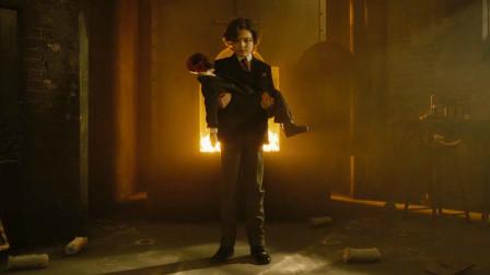 谷阿莫:诡异人偶看上小男孩的身体,先精神控制他、再慢慢变成他2020《灵偶契约2》