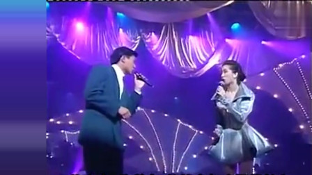 当年刘德华携手梅艳芳演唱《绝望的笑容》时隔多年,忍不住落泪