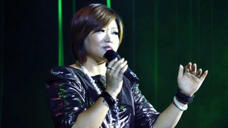 陈瑞这首《白狐》因太伤感,再也没有唱过,却成为了永恒的经典!