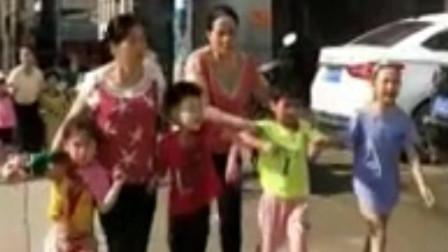 苍梧县旺甫镇中心小学发生一起持刀伤人事件 官方:致39人受伤