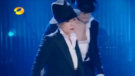 《我是歌手》林忆莲劲歌热舞《拒绝再玩》,网友:那舞技厉害了