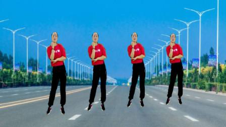 青春洋溢广场舞《东北爷们东北妞》魅力32步 活力无限