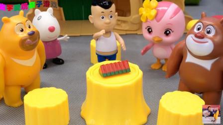 熊熊乐园的欢乐树屋!萌鸡朵朵和小羊苏西玩场景玩具