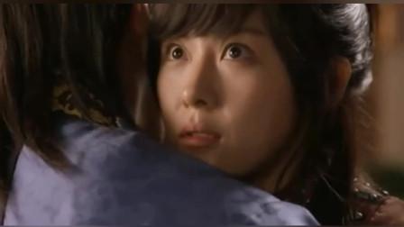 韩剧:朱镇模不知河智苑是女子,竟主动拥抱她,河智苑心动不已