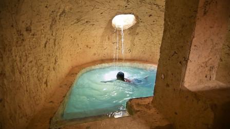 """男子在户外发现地下""""水帘洞"""",走近仔细一看,内部大有不同!"""