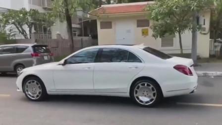 2020款全新奔驰S450,打开车门近距离感受一下