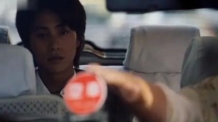 鸳鸯蝴蝶周迅想陪陈坤过生日不料陈坤却打车离开