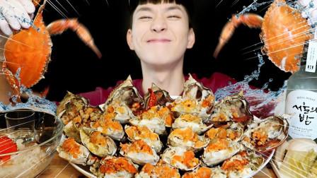 吃货小哥吃播:鲜香螃蟹一次吃到爽,大口咀嚼超满足,看着真馋人