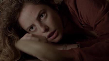 猛虎之家:男友家中遭遇歹徒,女主临危不乱,上演美女救英雄的精彩反秀