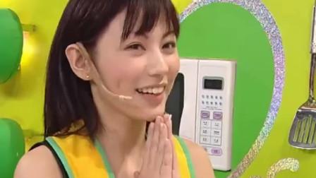 美女厨房:刘心悠做的汤嘉宾试吃完,味道十分奇怪,郑中基说还没吃过这种味道