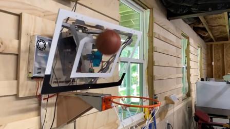 小伙自制投篮百发百中的篮板,球碰篮板就能进,制作过程让人佩服
